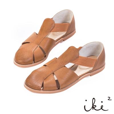 iki2-真皮T字鏤空平底涼鞋 - 伯爵咖