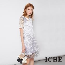 ICHE 衣哲 飄逸輕時尚紡紗線條印花造型洋裝