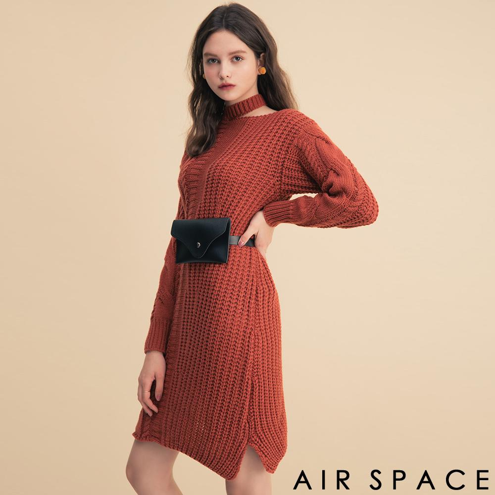 AIR SPACE繞脖設計腰包麻花針織長洋裝附腰包紅
