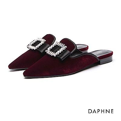 達芙妮DAPHNE 平底鞋-蝴蝶水鑽絨布低跟穆勒鞋-酒紅