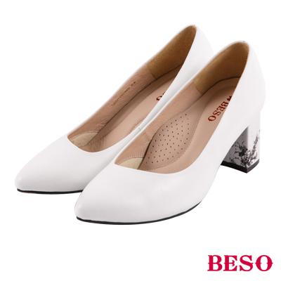 BESO 完美視覺 大理石紋雲彩粗跟跟鞋~白