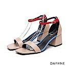 達芙妮DAPHNE 涼鞋-撞色一字繞踝粗高跟涼鞋-杏
