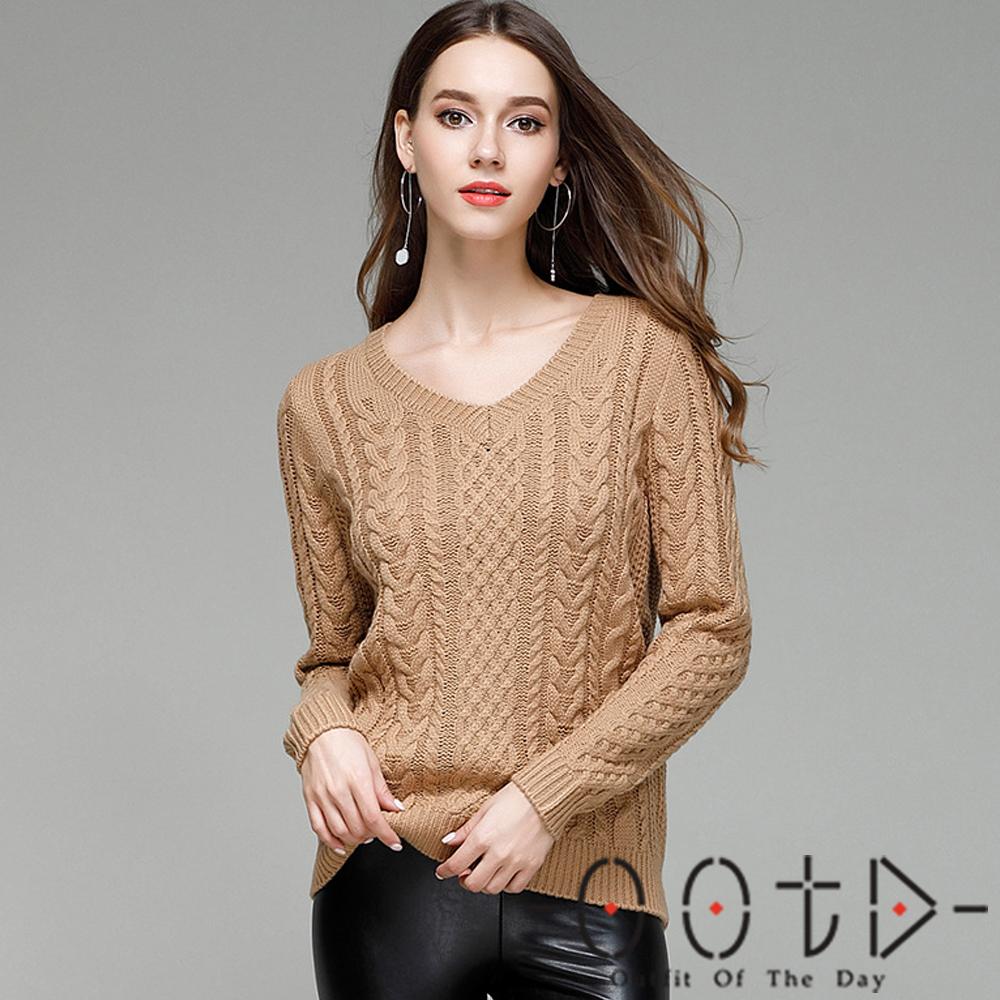 V領絞花紋長袖針織毛衣 (共三色)-OOTD