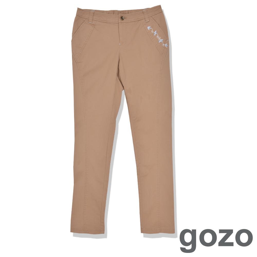 gozo個性圖騰紋路造型長褲淺咖