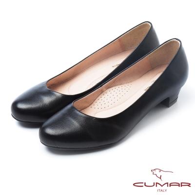 CUMAR經典黑與白優雅簡約素面低跟鞋黑
