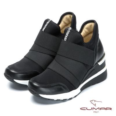 CUMAR時尚休閒風 異材質混搭休閒短靴-黑色