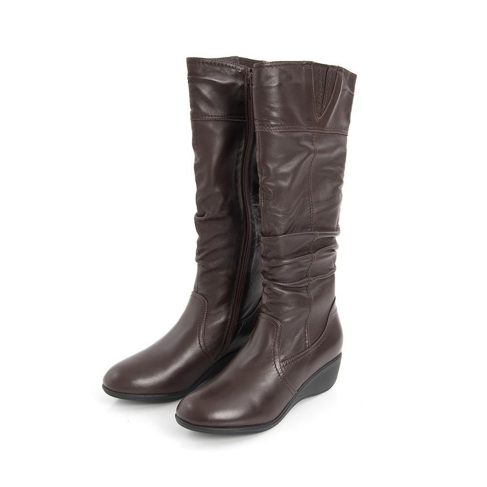 TAS 羊皮抓皺側V剪裁內增高長靴-英倫咖