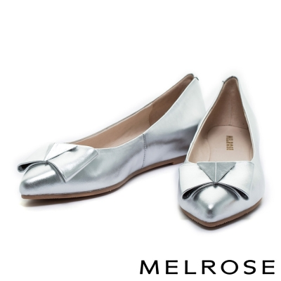 平底鞋 MELROSE 低調亮澤蝴蝶結貼膜羊皮尖頭平底鞋-銀