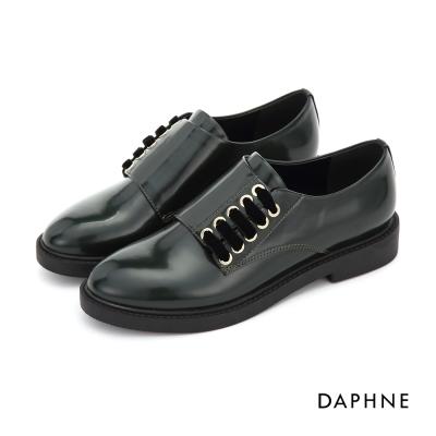 達芙妮DAPHNE 休閒鞋-漆皮半側繫帶休閒紳士鞋-墨綠
