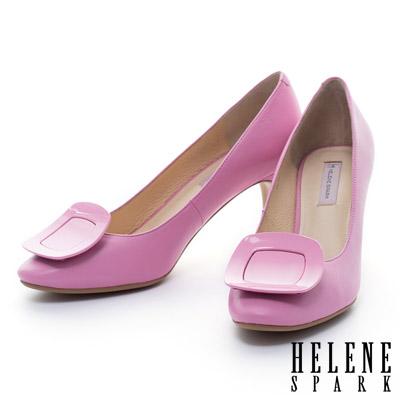 HELENE SPARK 質感烤漆方釦典雅羊皮高跟鞋-桃
