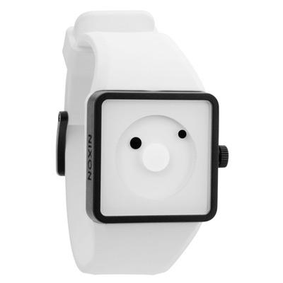 NIXON NEWTON星體圓點電子腕錶-白