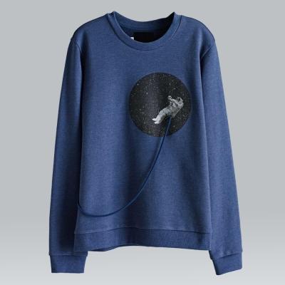 摩達客韓國進口設計品牌DBSW漂浮外太空圓領長袖T恤