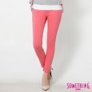 SOMETHING 梅杜莎亮彩窄直筒牛仔褲-女-珊瑚紅