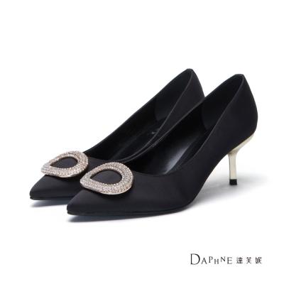 達芙妮DAPHNE-高跟鞋-橢圓鑽飾緞面尖頭鞋-黑