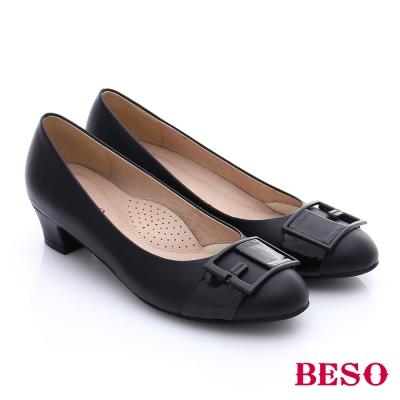 BESO-簡約知性-嚴選真皮方形飾釦中跟鞋-黑