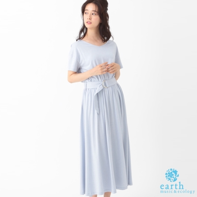 earth music 素面V領打摺腰綁帶長裙/洋裝