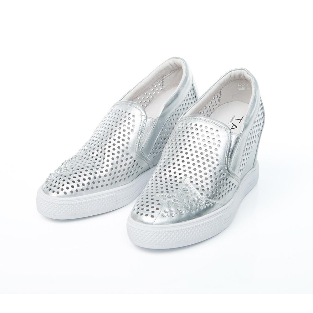 TAS 水鑽星星鏤空牛皮內增高休閒鞋-金屬銀