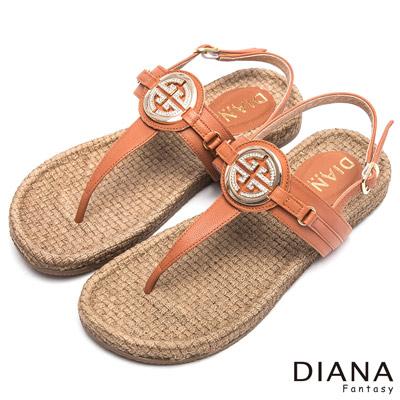 DIANA-復古原味-圓鑽飾釦編織真皮夾腳平底鞋-棕