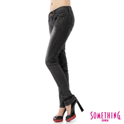 SOMETHING 窄直筒 NEO FIT低腰牛仔褲-女-黑灰