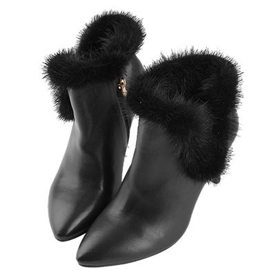 Robinlo Studio 華麗派對毛絨羊皮尖頭踝靴 黑