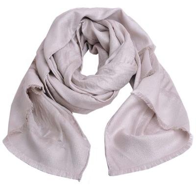FENDI 經典FF LOGO高質感絲質造型披肩圍巾(杏色)