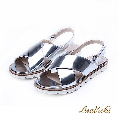 LisaVicky極輕腳型修飾交叉寬帶設計平底涼鞋-銀色