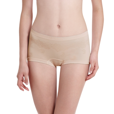 LADY 超彈力親膚無痕系列 中腰平口內褲 (膚色)