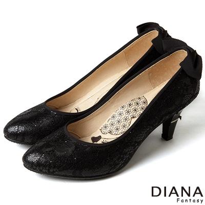 DIANA 漫步雲端LADY款--知性後跟蝴蝶結跟鞋-蕾絲黑