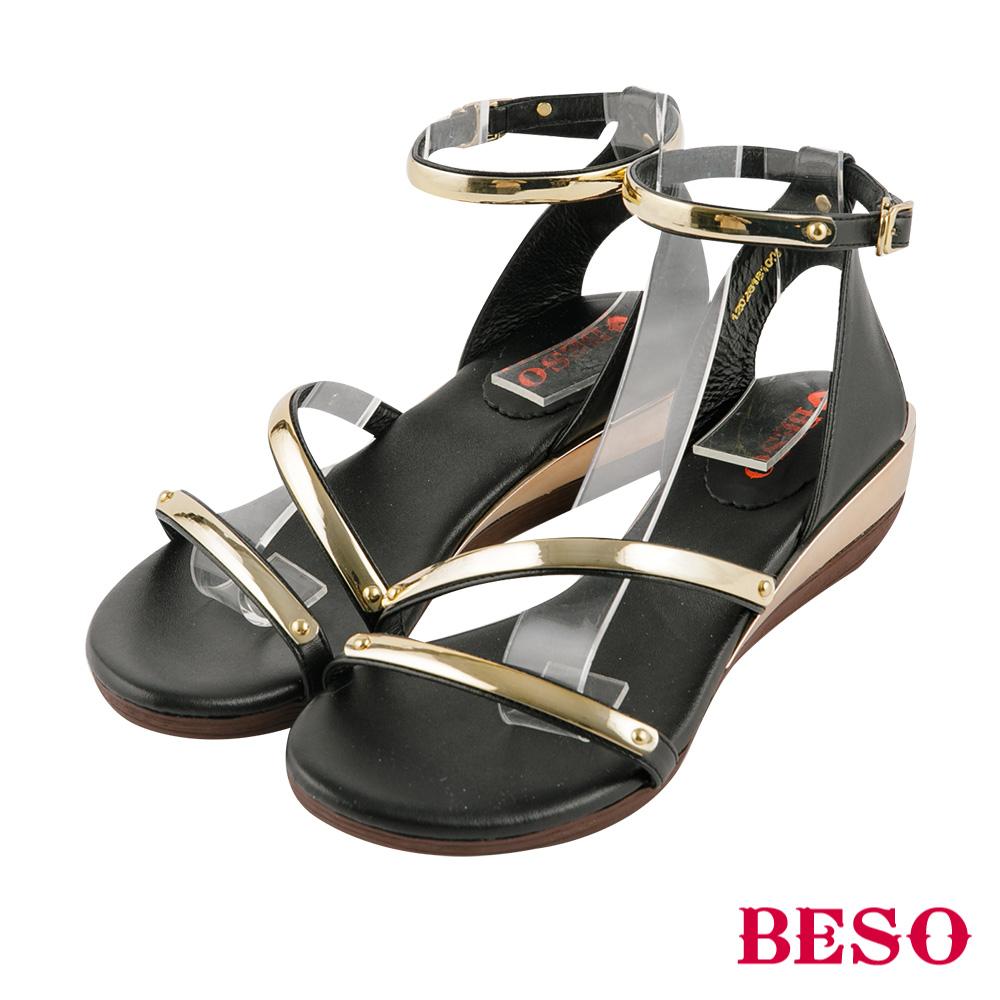 BESO 夏豔狂放 金屬飾釦繚繞楔型涼鞋~黑
