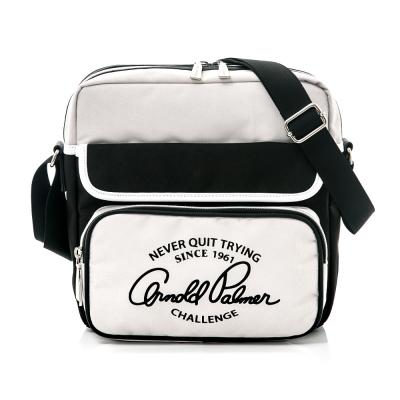 Arnold Palmer- 直式斜背包 Casual 學院休閒系列-淺灰色