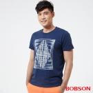 BOBSON  男款印圖上衣-深藍色