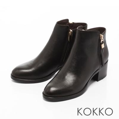 KOKKO- 騎士風範顯瘦側拉鍊真皮粗跟靴-黑