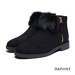 達芙妮DAPHNE 短靴-毛球側拉鍊內增高絨布踝靴-黑