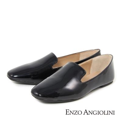 ENZO ANGIOLINI--簡約素面樂福平底鞋-亮眼黑