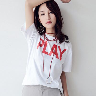 圓領字母PLAY短袖T恤 (共二色)-Kugi Girl