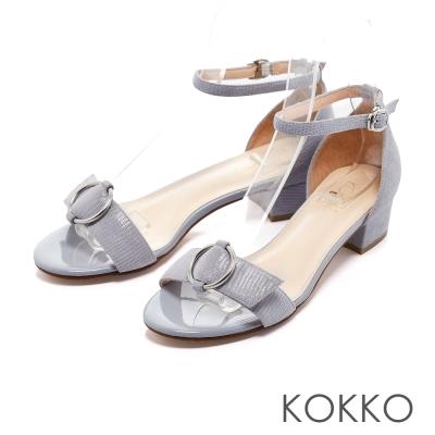 KOKKO-復古圓環真皮踝帶粗跟涼鞋-靜謐粉藍