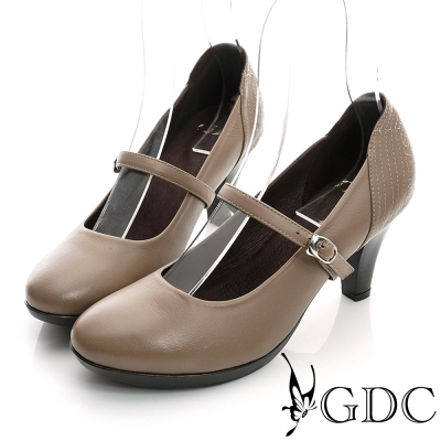 GDC都會-縫線造型瑪莉珍真皮中跟鞋-卡其色