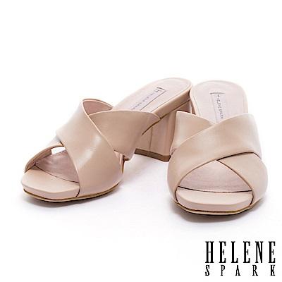 拖鞋 HELENE SPARK 簡約純色羊皮交叉字帶粗跟拖鞋-杏