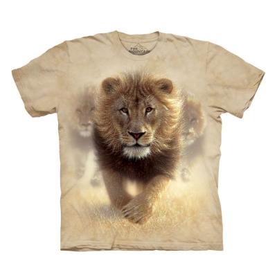 摩達客-美國進口The Mountain 揚塵獅王 純棉環保短袖T恤