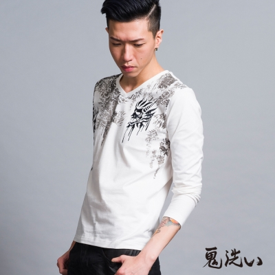 鬼洗 BLUE WAY V領滿版鬼頭T恤-白色
