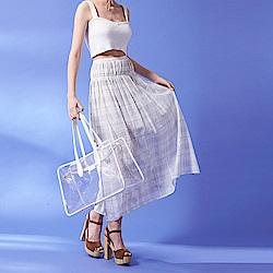 ICHE 衣哲 輕時尚幾何線條印花鬆緊設計造型中長裙-米白