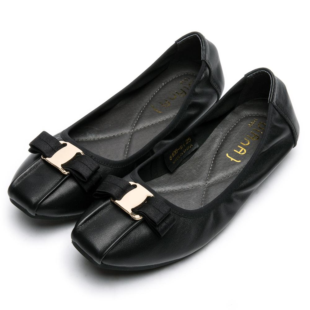 DIANA復古休閒 --方頭金屬釦立體蝴蝶結抓皺真皮平底鞋-黑