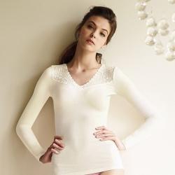 曼黛瑪璉-2014AW  素面羅紋V領保暖衣M-XL(象牙白)
