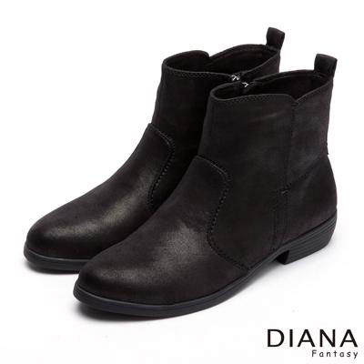 DIANA-帥氣個性-歐風素面踝上羊絨百搭短靴-黑