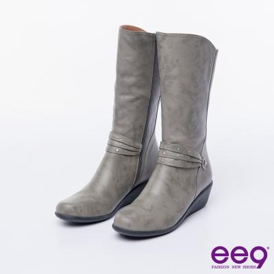 ee9 MIT經典手工~俐落優雅簡約晶鑽飾扣繫帶百搭楔型跟中筒靴-灰色