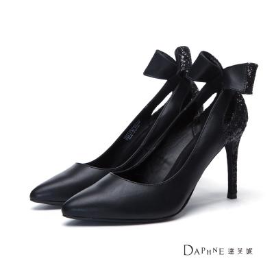 達芙妮DAPHNE-高跟鞋-後側亮片蝴蝶結尖頭鞋