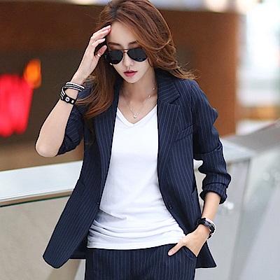 正韓 細條紋翻領雙口袋西裝外套 (共二色)-N.C21
