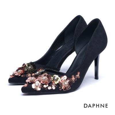達芙妮DAPHNE 高跟鞋-花朵亮片水鑽挖空絨布高跟鞋-黑