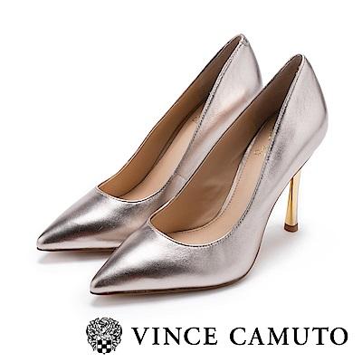Vince Camuto 時髦女伶 性感尖頭金屬跟高跟鞋-金色