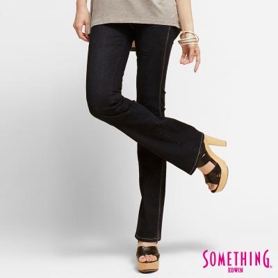 SOMETHING女交錯線條靴型牛仔褲